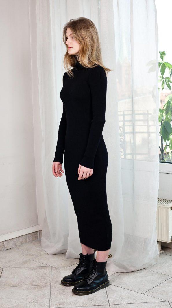 Schwarzes Rollkragenkleid Merino Wolle